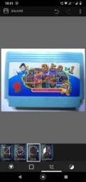 Cartucho de vídeo game antigo