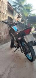 Moto Factor 125