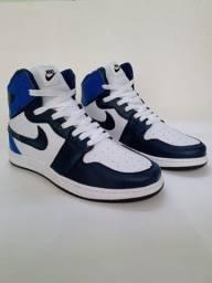 Tênis Nike Jordan - 200,00