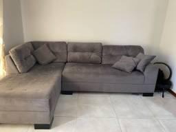 Sofá e Mesa com 6 cadeiras