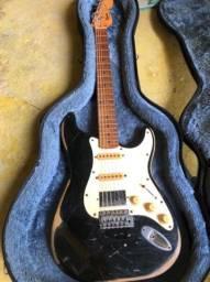 Squier Stratocaster 1995 + Case solid sound
