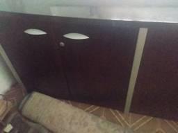 Armário balcão de madeira