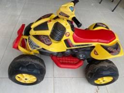Quadriciclo Infantil Elétrico 12V - Amarelo - Bandeirante