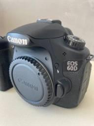 Câmera Canon 60D + Lente 18-135mm