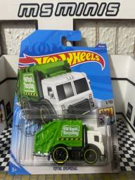 Hot Wheels Total Disposal Truck