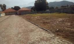 Vendo terreno em uma pequena vila em Parada Modelo - Guapimirim