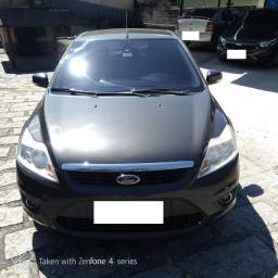 Ford Focus 2.0 GLX automático. Oportunidade