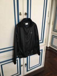 Lindo casaco Lacoste Sport .