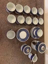 Jogo de chá 27 peças porcelana Steatita sem uso.