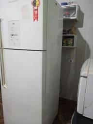 Vendo geladeira. Brastemp