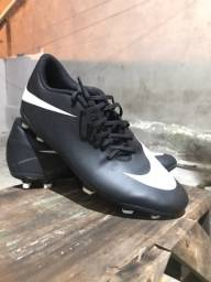 Chuteira Nike original ,tamanho 42 43
