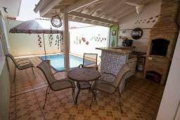 Verônica casa com piscina