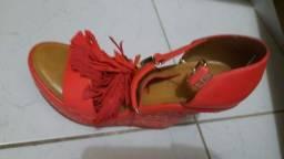 Sapatos e sandálias  arezzo e schutz