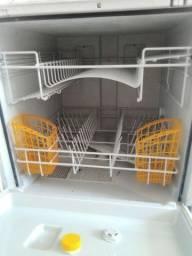 Máquina de lavar pratos Brastemp Clean