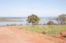 Sítio em condomínio Fechado as margens da Represa de Três Marias