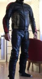Macacão jaqueta valsa de couro Dainese