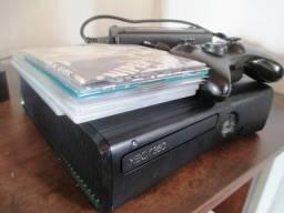 Xbox 360 Slim 4Gb desbloqueio LT 3.0 em Guarapuava