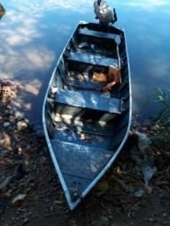 Vende - se um barco de alumínio só 2,500$ - 2014