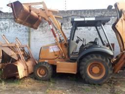 Duas Retroescavadeira Case 2006(4x2) e 2011(4x4) , 150mil , Recife