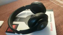 Vende- se Bluetooth Headphone Jbl P15