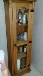 Cristaleira madeira