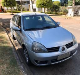 Clio Sedan Privilege 1.6 Completo