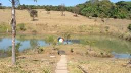 Chácara com 3 dormitórios à venda, 2546 m² por R$ 375.000 - Zona Rural - Bela Vista de Goi