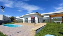 Sobrado com 2 dormitórios à venda, 54 m² por R$ 205.000 - Centenário - Torres/RS