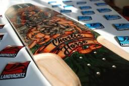 Shape skate longboard downhill landyachtz importado maple