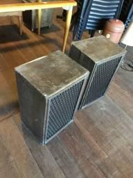 2 Caixas de som de madeira