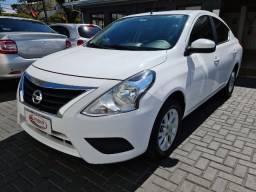 Nissan Versa 1.6 16SV Cvt Carro muito lindo