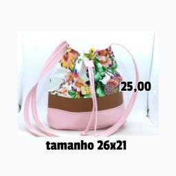Bolsas femininas novas (na cidade de Sete Lagoas-MG)