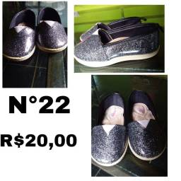 Sapatos infantil 50 reais tudo