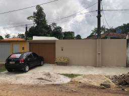 Casa com 3 suítes, 3 vagas de garagem 272 m² no Conj Levilandia