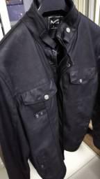 Jaqueta de couro conservada