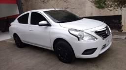 Nissan Versa 20/20 Branco