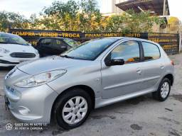 Peugeot 207 1.4 XR Presence Flex 2009