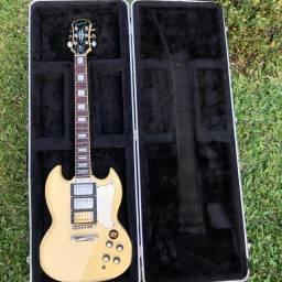 Guitarra Epiphone SG G400 custom com hardcase