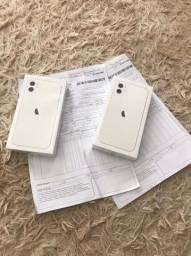 iPhone 11 Branco 64 GB Lacrado