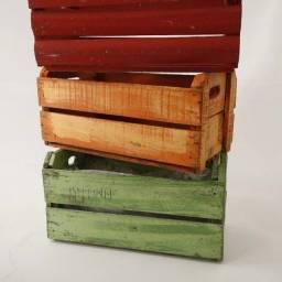 Caixas em madeira para decoração