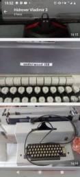 Máquina de escrever antiga 200,00