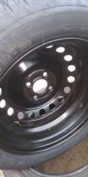Aro com pneu 15