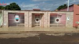 Casa Alvenaria para Aluguel em Setor Nossa Senhora da Saúde Itumbiara-GO