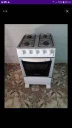 Vendo esse fogão  por  200  reais  me liga  .9.9295.1014.