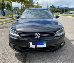 Volkswagen Jetta 2012 mecânico com GNV