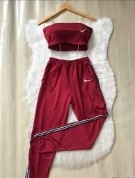 Conjunto nike calça Nike cropped nike