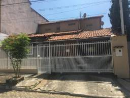 Oportunidade de casa para venda no bairro Montese!