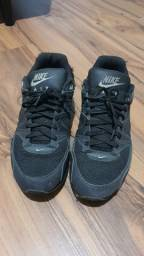 Airmax 90 All Black original 10% do valor do tenis Numero 41 com marca