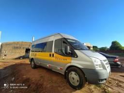 Van Ford Transit, Diesel, 14 lugares