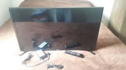 TV smart Samsung tela trincada